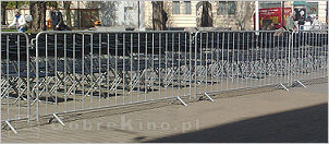 Auto-Kino-eu - crowd barriers